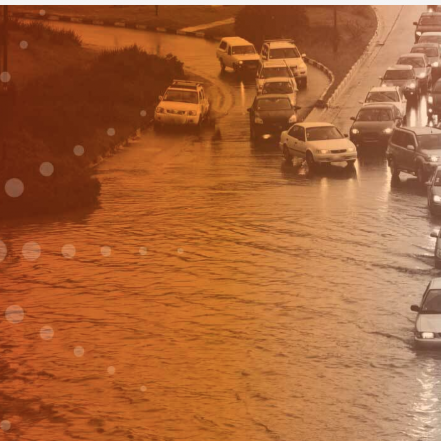 automobile-travelers-in-flood-water